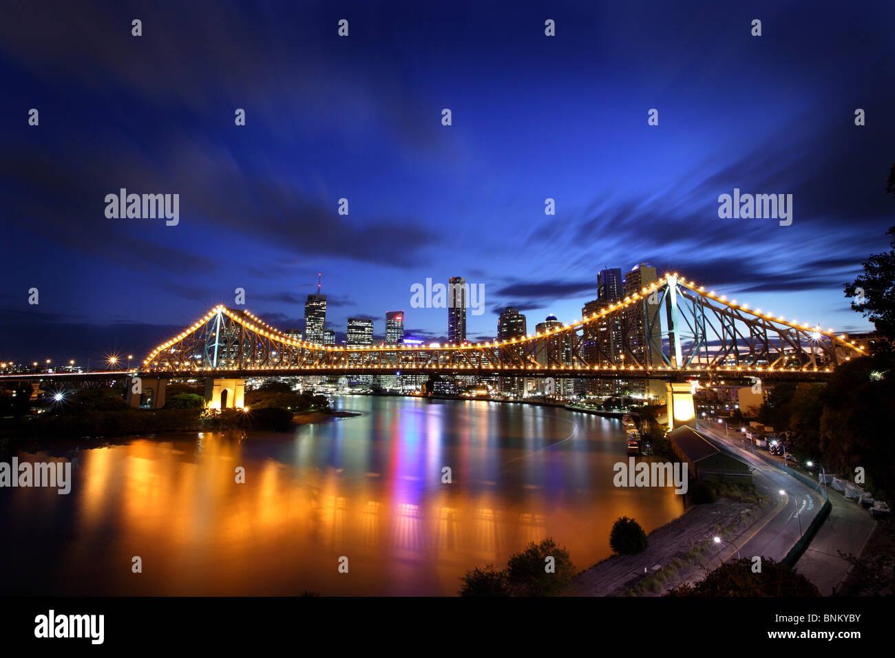 L'Australie Brisbane Story Bridge at Dusk Photo Stock