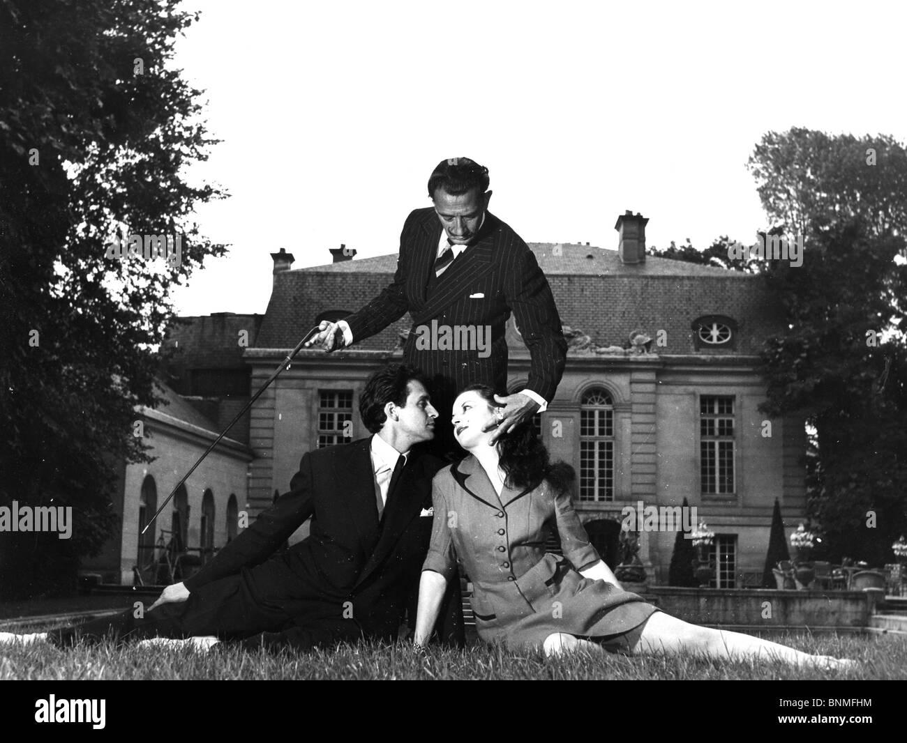 SALVADOR DALI (1984-1989) artiste espagnol avec des danseurs de ballet Jean Guelis et Janine Monin Banque D'Images