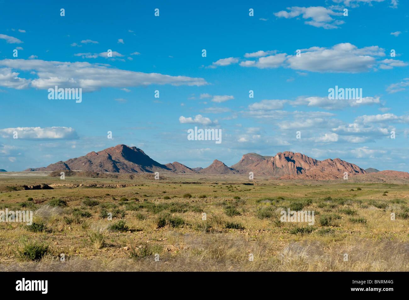 Paysage le long de la C14 La route au nord de la Namibie Solitaire Photo Stock