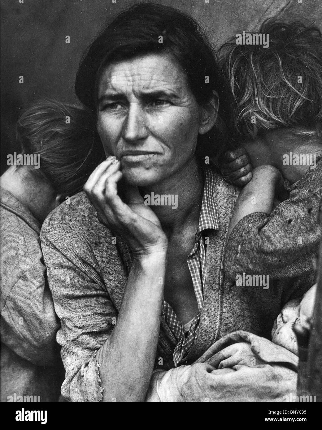 Mère migrante - Dorothea Lange's iconic photo prise au cours de la dépression américaine en 1936 Photo Stock