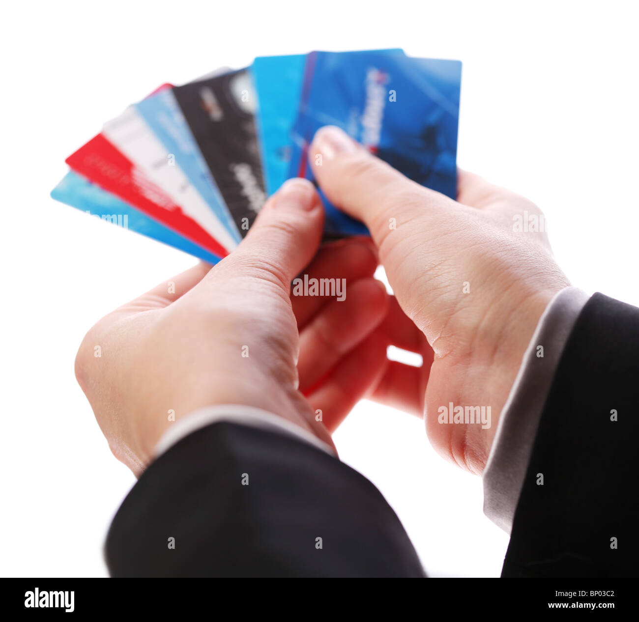 Carte de crédit dans les mains des femmes Photo Stock