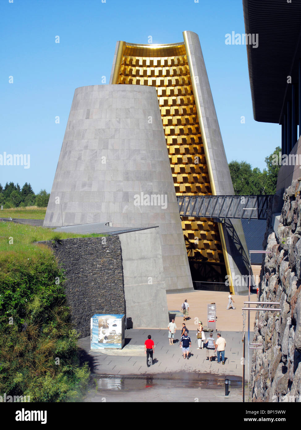 France, Auvergne, Puy de Dôme, St Ours les roches, le parc à thème Vulcania (volcan) Photo Stock