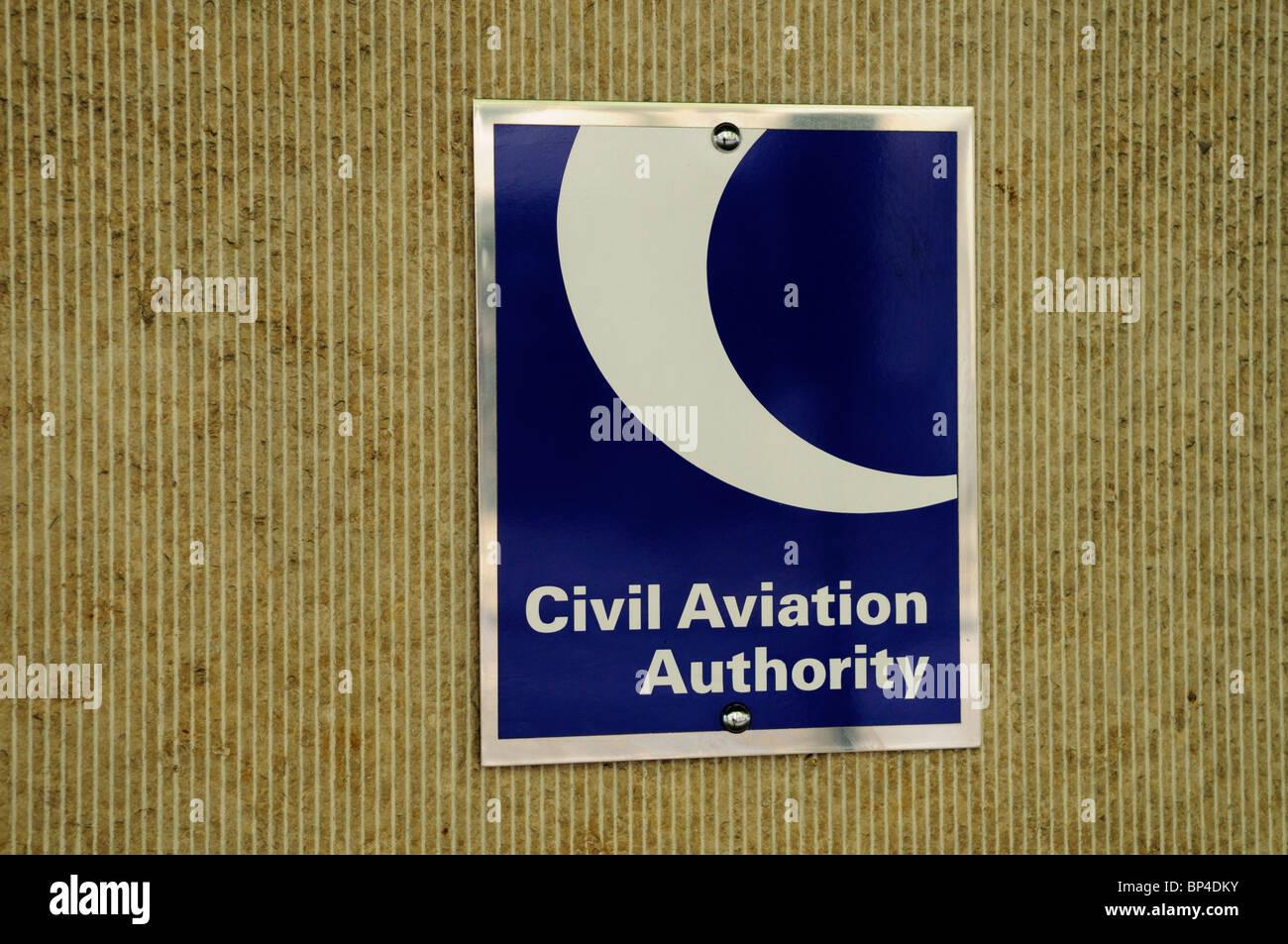 L'autorité de l'Aviation civile plaque signe , , Londres, Angleterre, RU Photo Stock