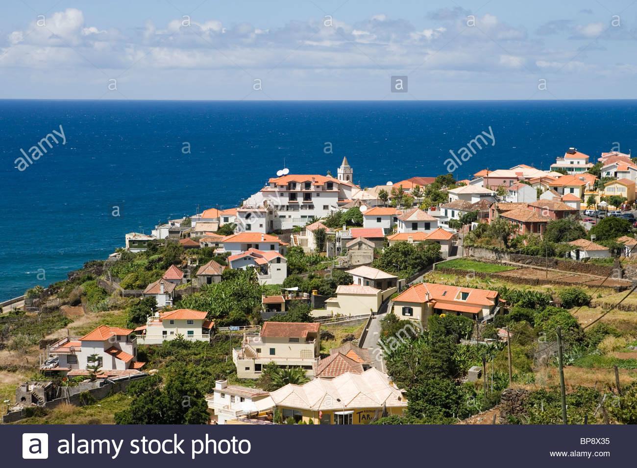 Vue sur la ville, Jardim do Mar, Madeira, Portugal Photo Stock