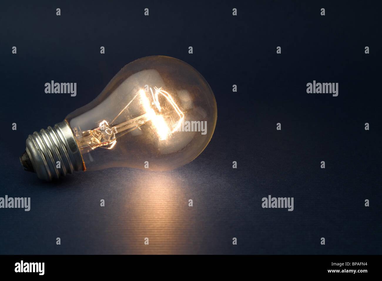 L'Ampoule lumineuse close up shot Photo Stock