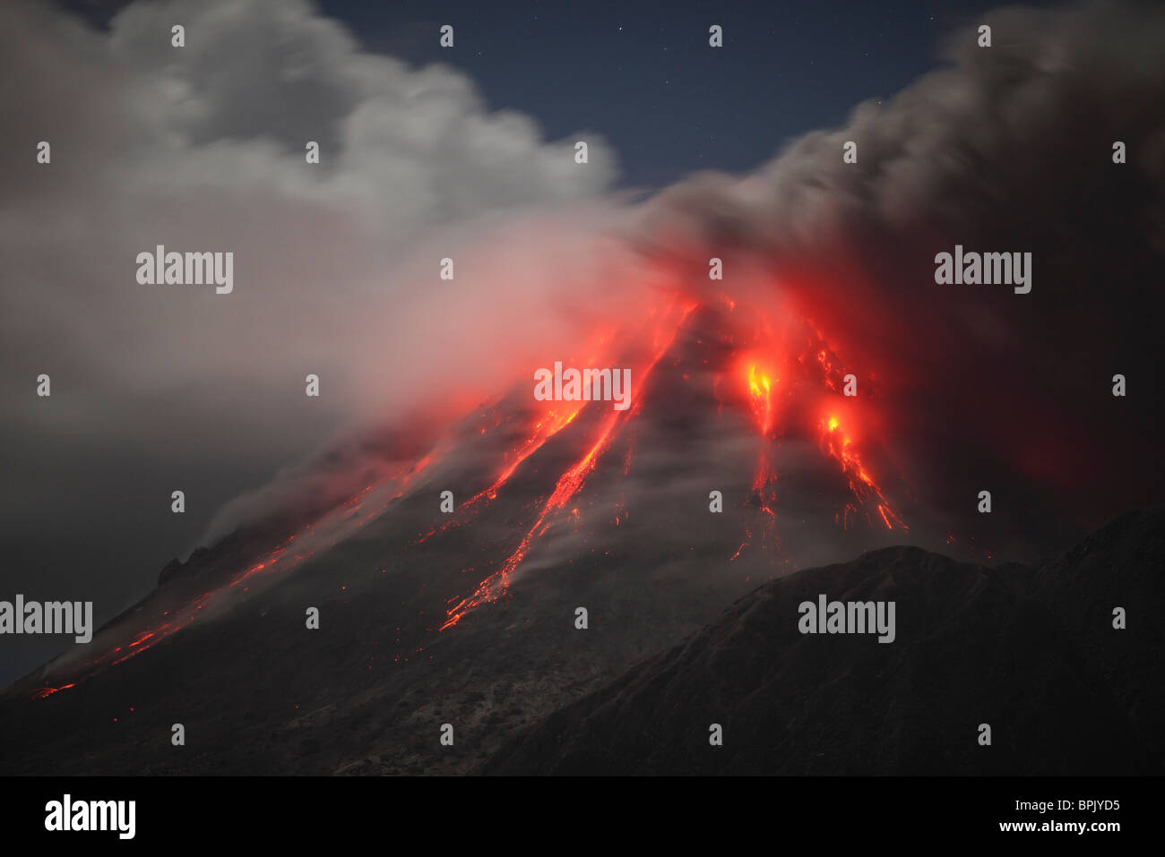 Le 1 février 2010 - L'éruption de la Soufrière Hills, Montserrat, l'île des Caraïbes. Photo Stock