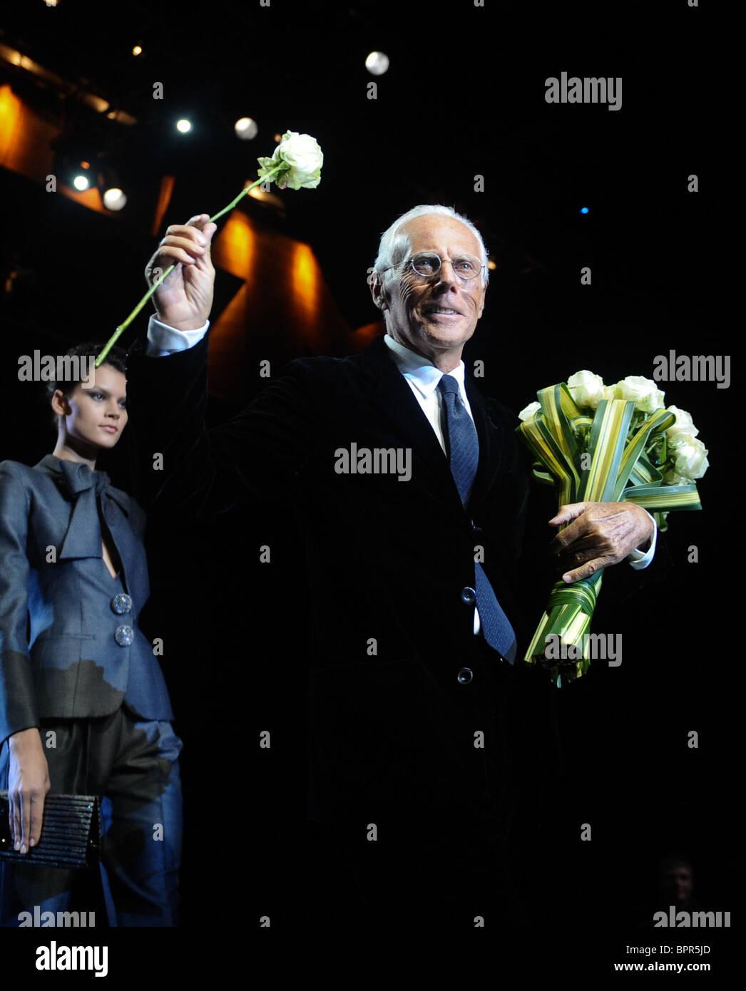 Armani apporte sa collection couture automne/hiver à Moscou Photo Stock