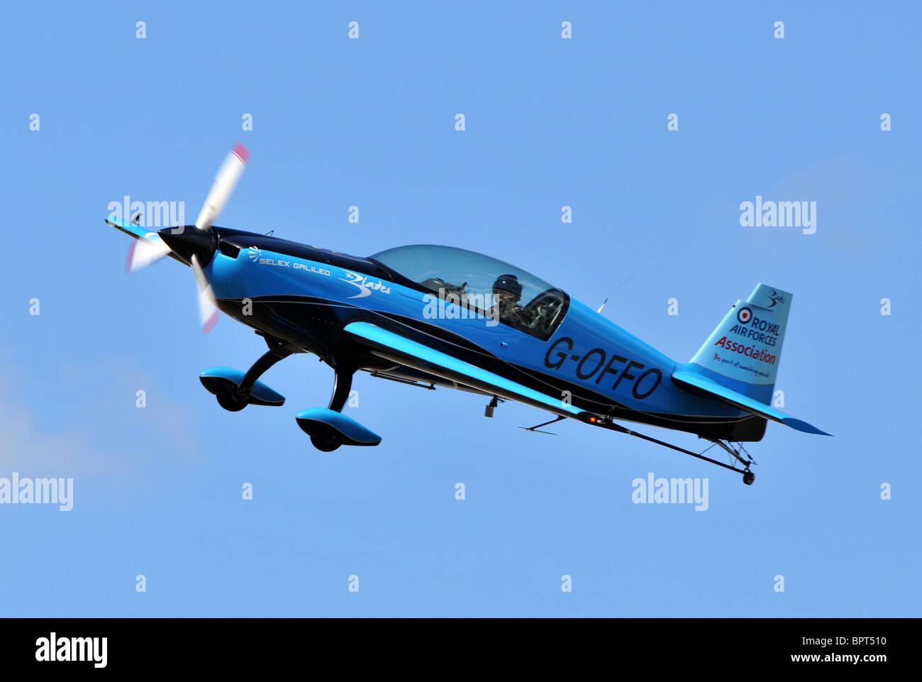 EA300L, Extra Flugzeugbau EA300L, les lames d'aéronefs d'affichage EA300L Photo Stock
