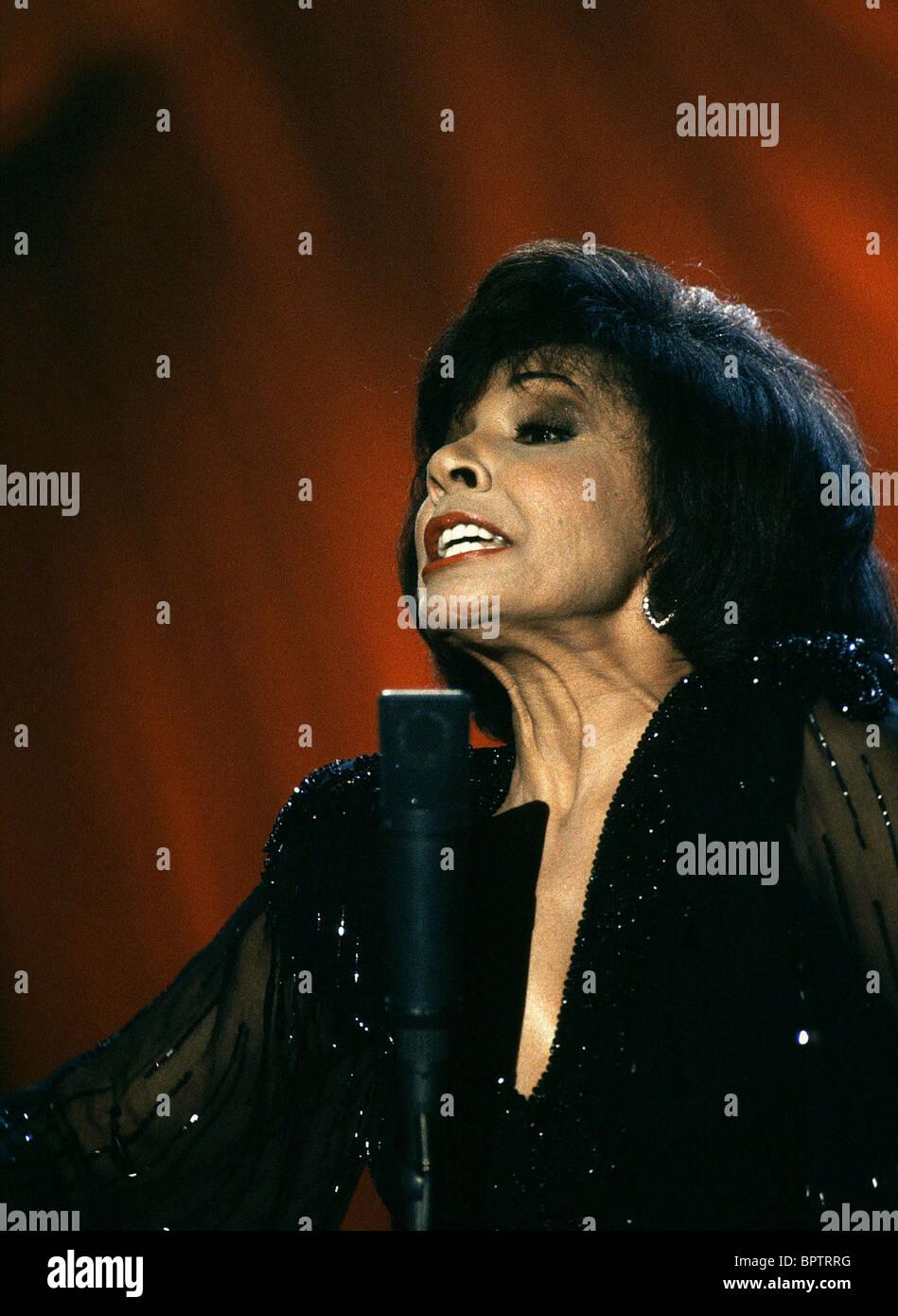 La chanteuse Shirley Bassey (1985) Photo Stock