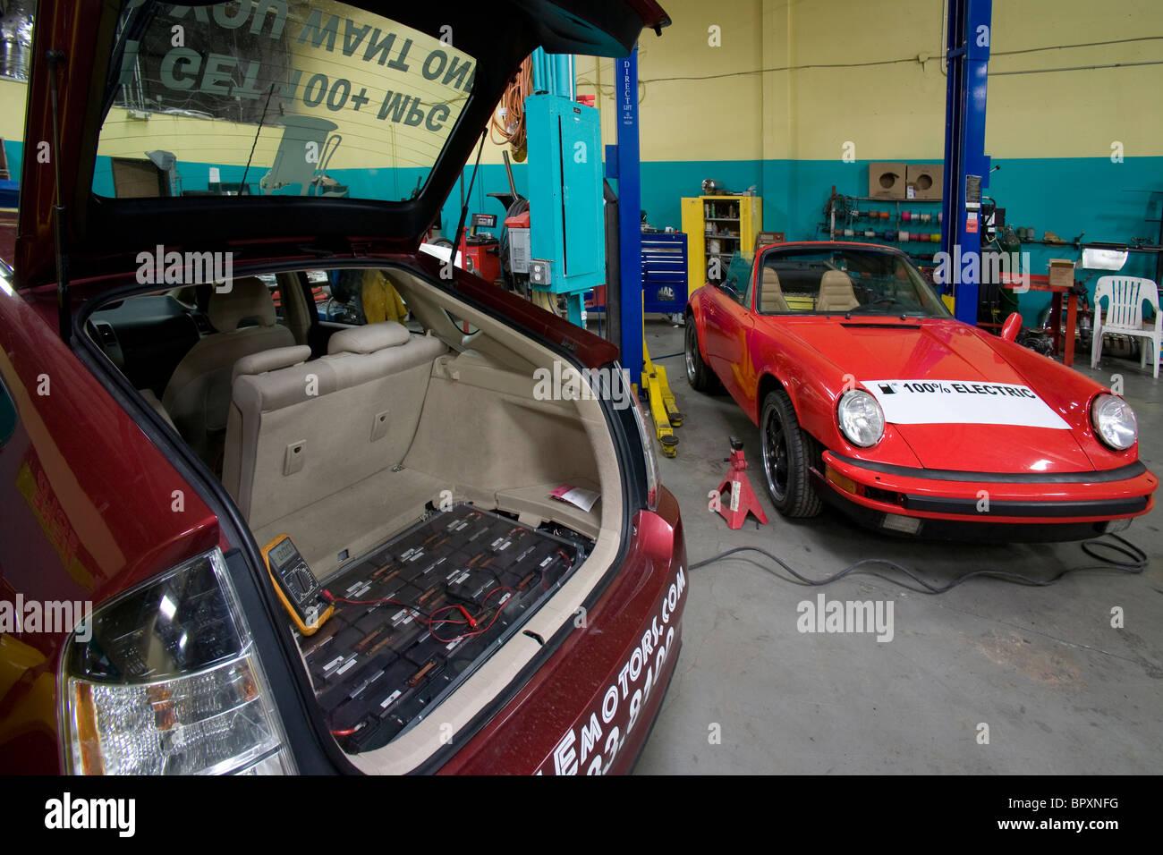 Une voiture hybride Toyota Prius moteur principal de la batterie, Photo Stock