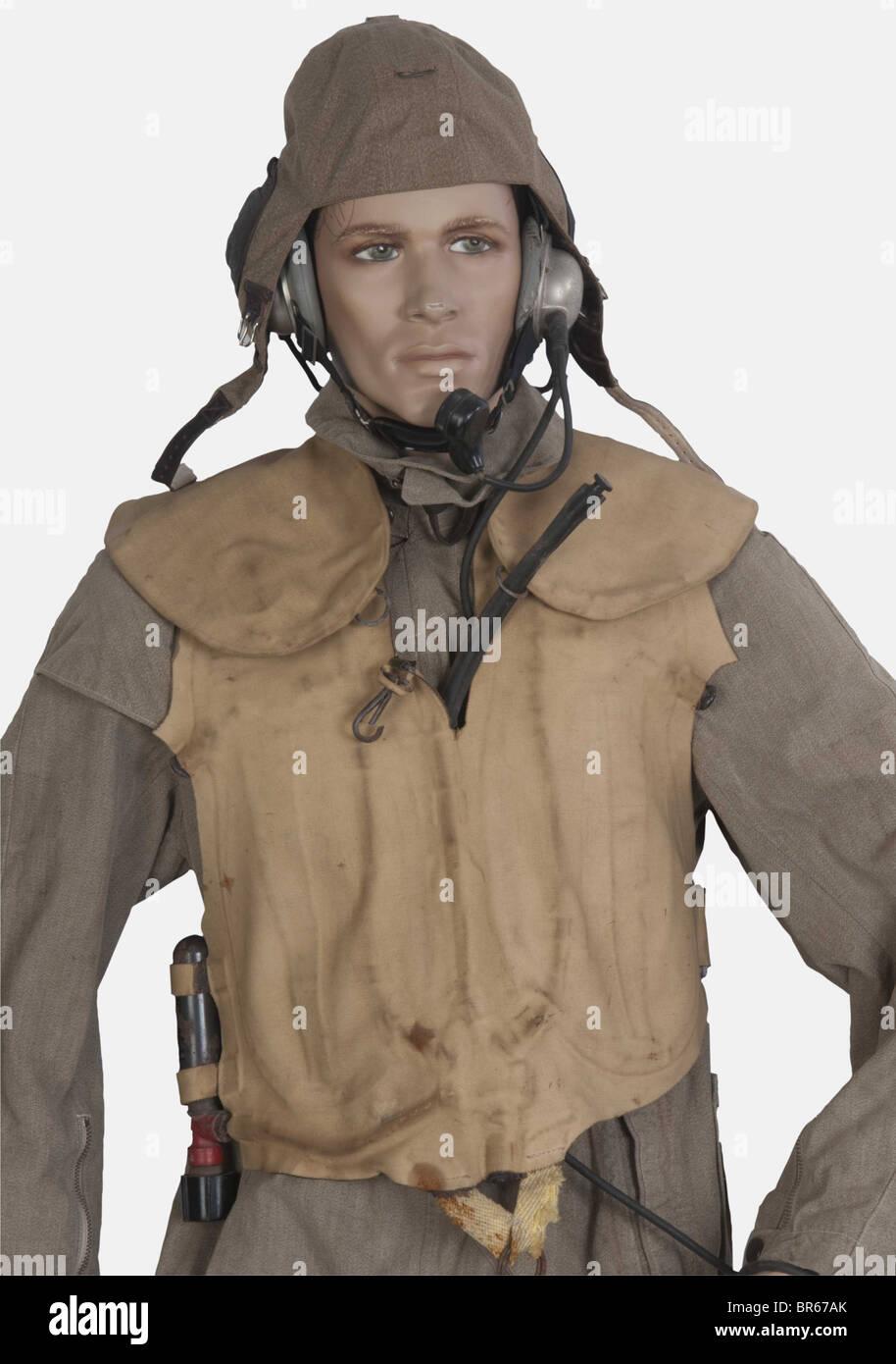 LUFTWAFFE, pilote de bombardier de la Luftwaffe, sur mannequin, comprenant un serre-tête modèle 101 LKPS Photo Stock