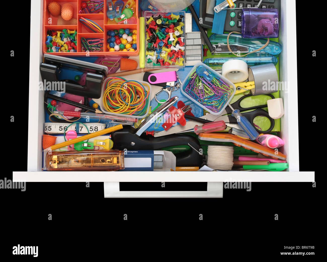 Mystères de la papeterie sur Noir tiroir Photo Stock