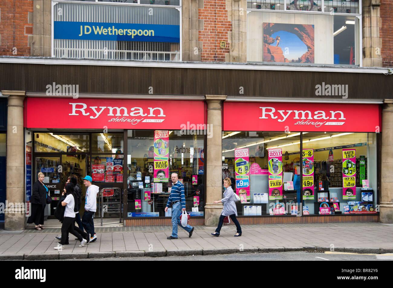 Ryman papeterie en centre-ville de Chester, Cheshire, Angleterre, RU Photo Stock
