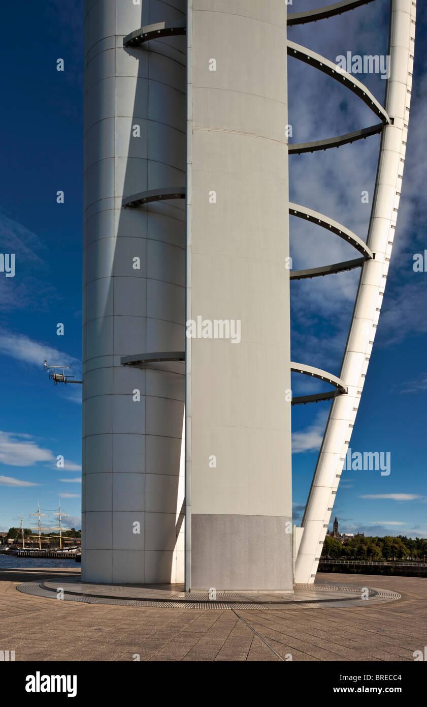 Centre des sciences de Glasgow et Glasgow Tower, le plus haut édifice autonome en Ecosse. Banque D'Images