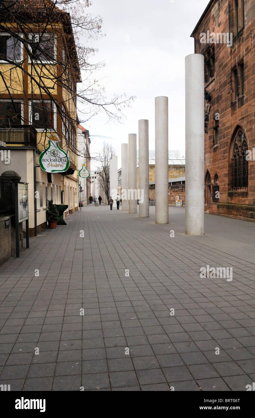 Strasse der Menschenrechte, chemin des droits de l'homme, concept par Dani Karavan, 1993, Nuremberg, Bavière, Photo Stock