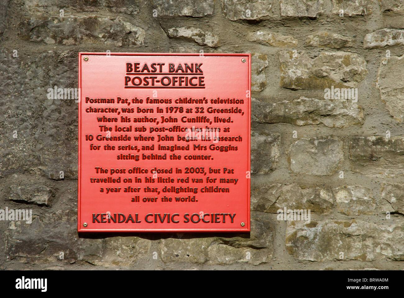 Plaque sur le vieux bureau de poste banque bête kendal cumbria