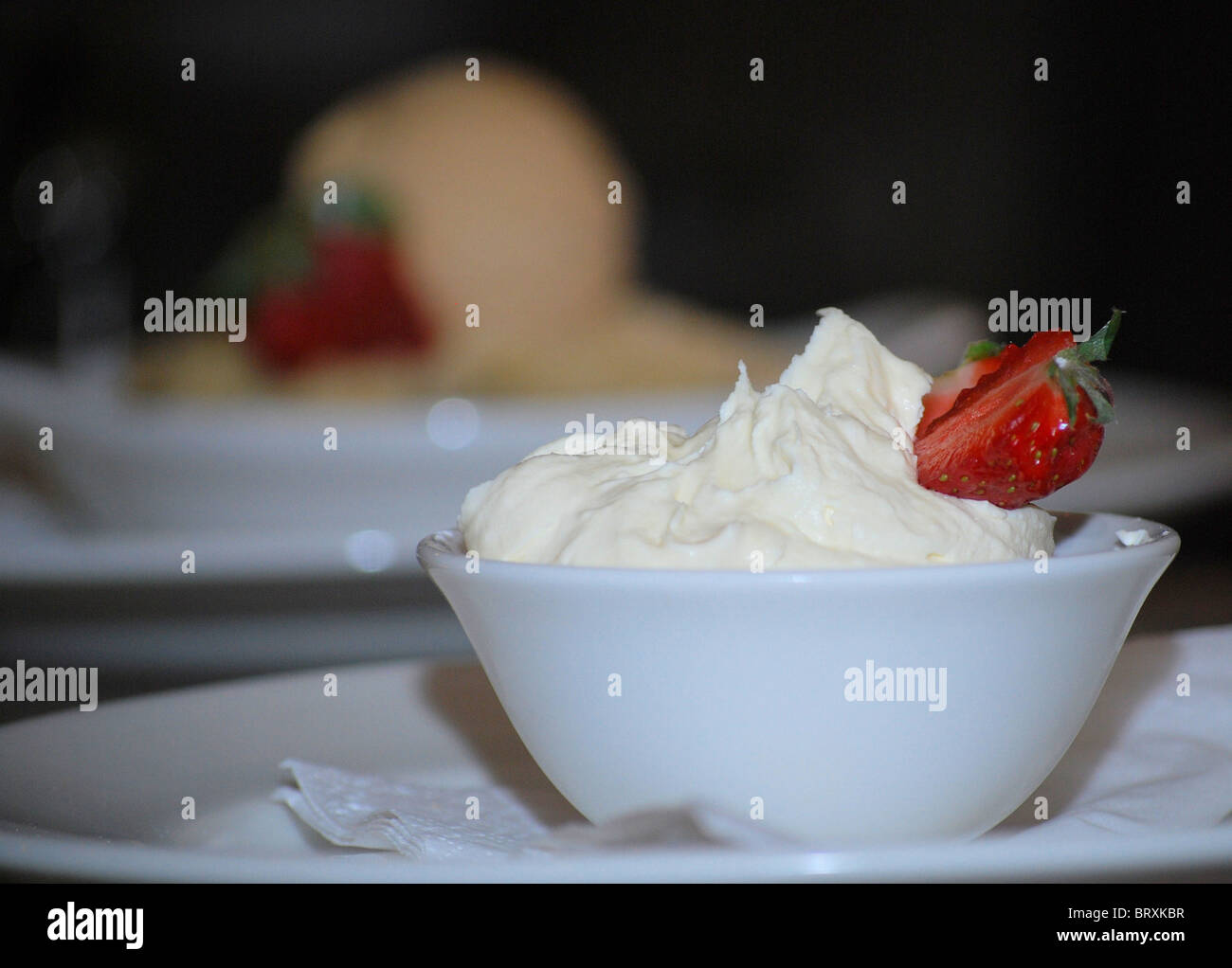 Dessert aux fraises et de la crème glacée Photo Stock