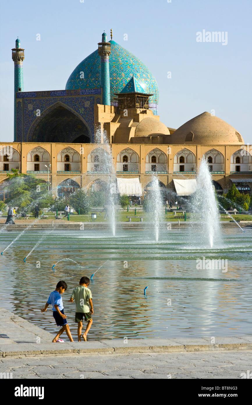 Dans la mosquée d'Imam Shah ou place Imam à Esfahan Iran Photo Stock
