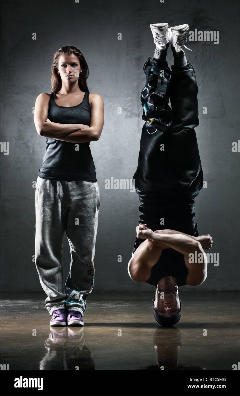 Couple danseur. Le contraste des couleurs effet. Photo Stock