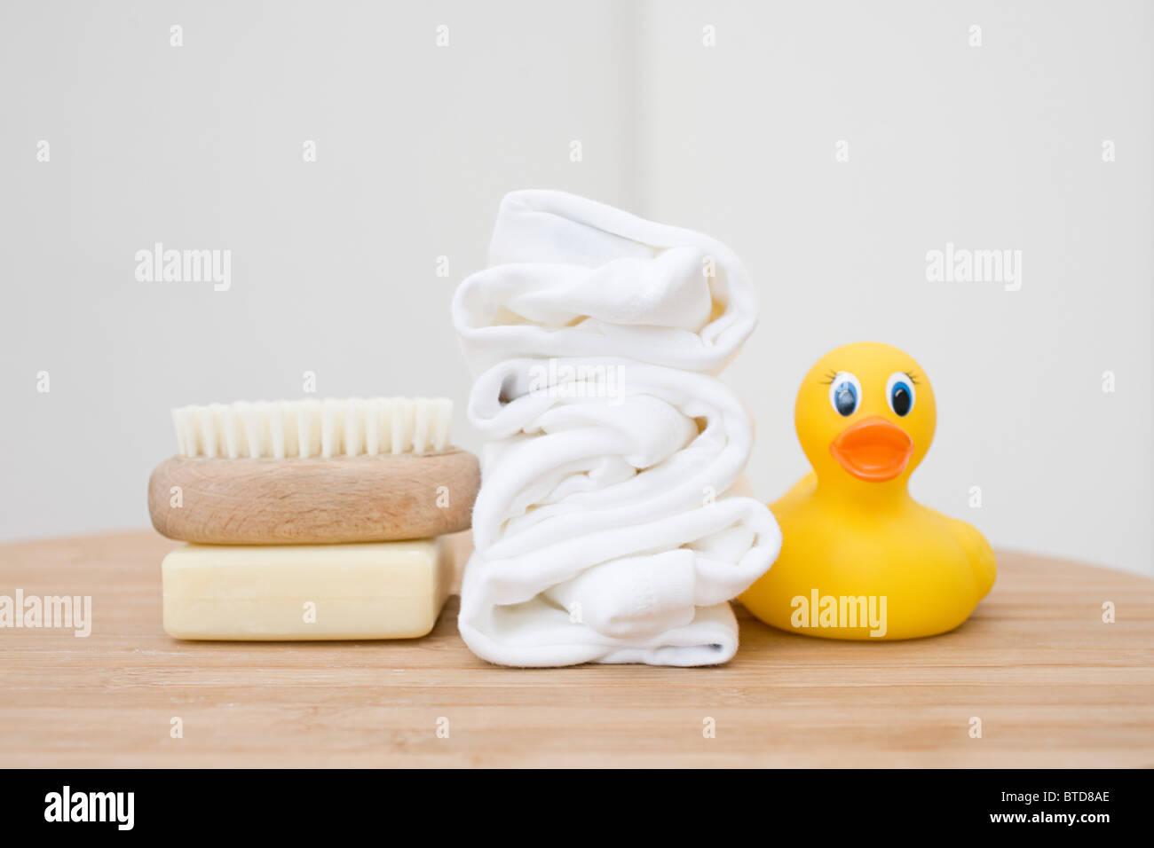 Accessoire Salle De Bain Bebe ~ white bathroom accessories photos white bathroom accessories