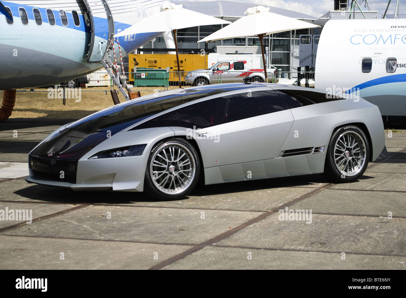 Italdesign Qaranta-hybride powered concept car, conçu par Fabrizio Giugiaro, sur l'affichage à Farnborough Photo Stock
