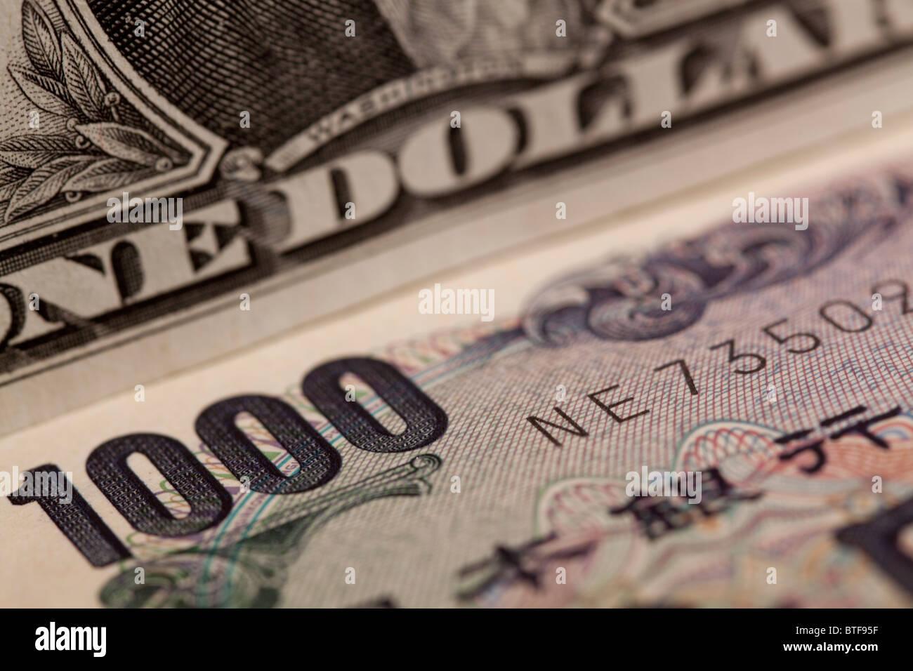 Remarque Un dollar et yen 1000 bank note Photo Stock