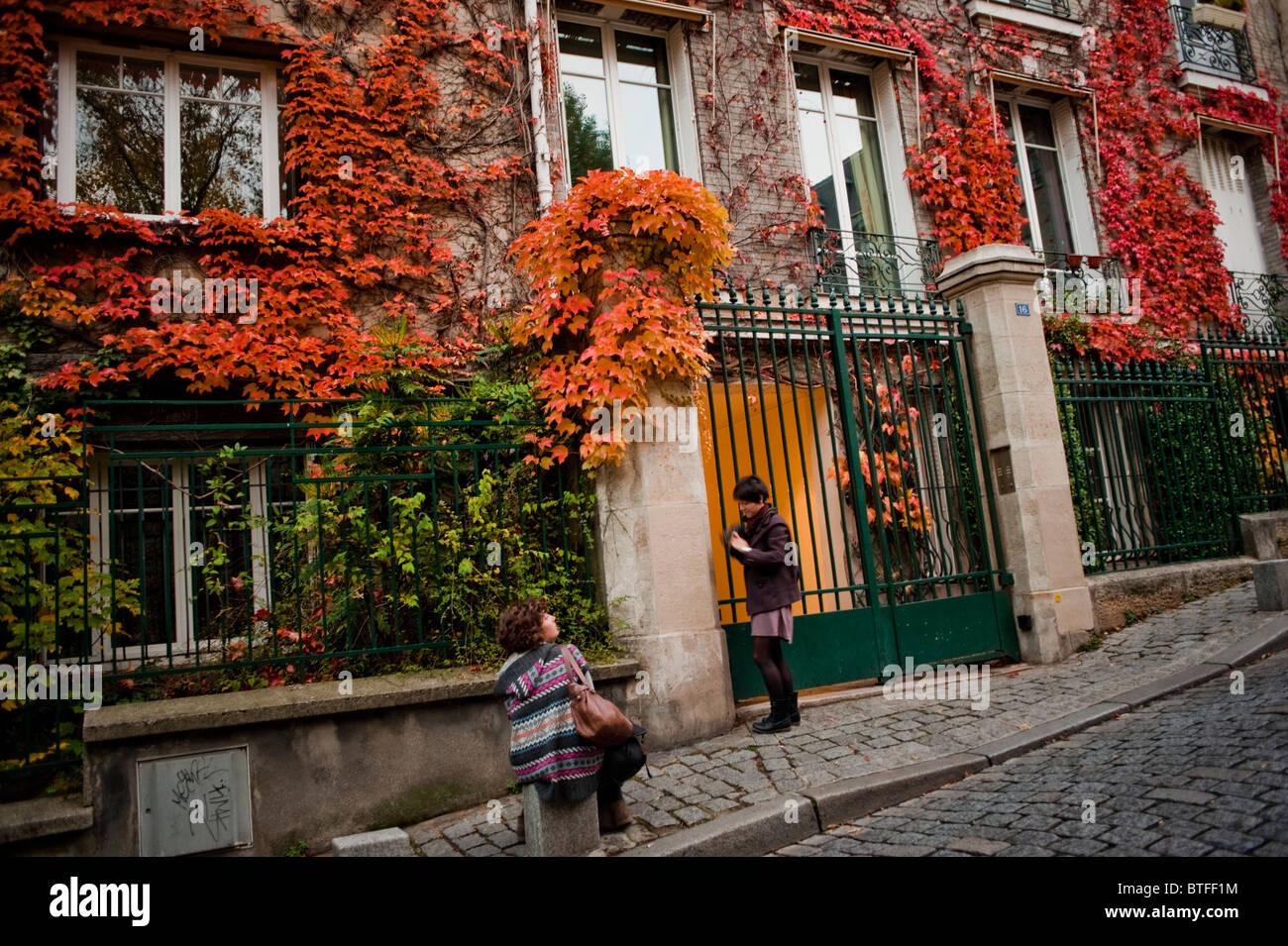 Paris, France, scène de rue, quartier de Montmartre, Détail, vieille Architecture, bâtiment parisien, avant l'automne, Banque D'Images