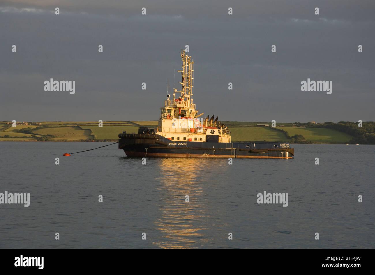 Remorqueur, Milford Haven, Pembrokeshire, Pays de Galles, Royaume-Uni, Europe Photo Stock