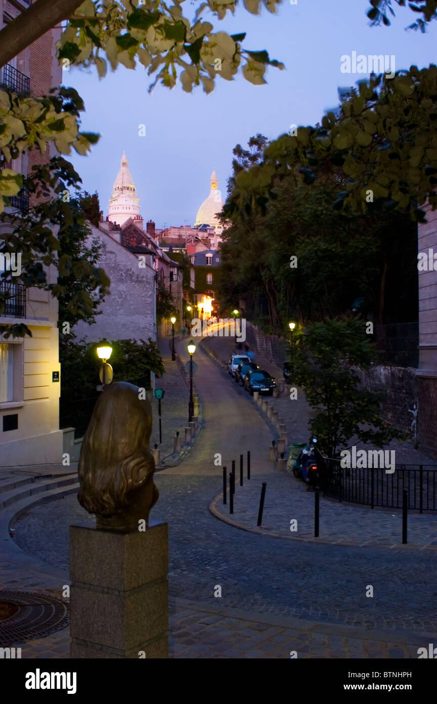 Paris, France, scène de rue, quartier de Montmartre, de la Statue de la chanteuse française 'Dalida' Banque D'Images