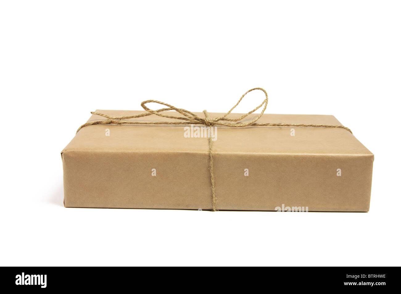 Paquet brun liés avec de la ficelle Photo Stock
