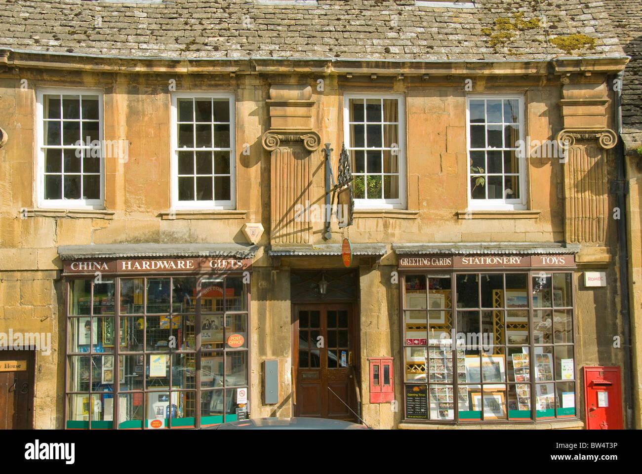 Matériel informatique et papeterie, Chipping Campden, Cotswolds, Gloucestershire, England, UK Photo Stock