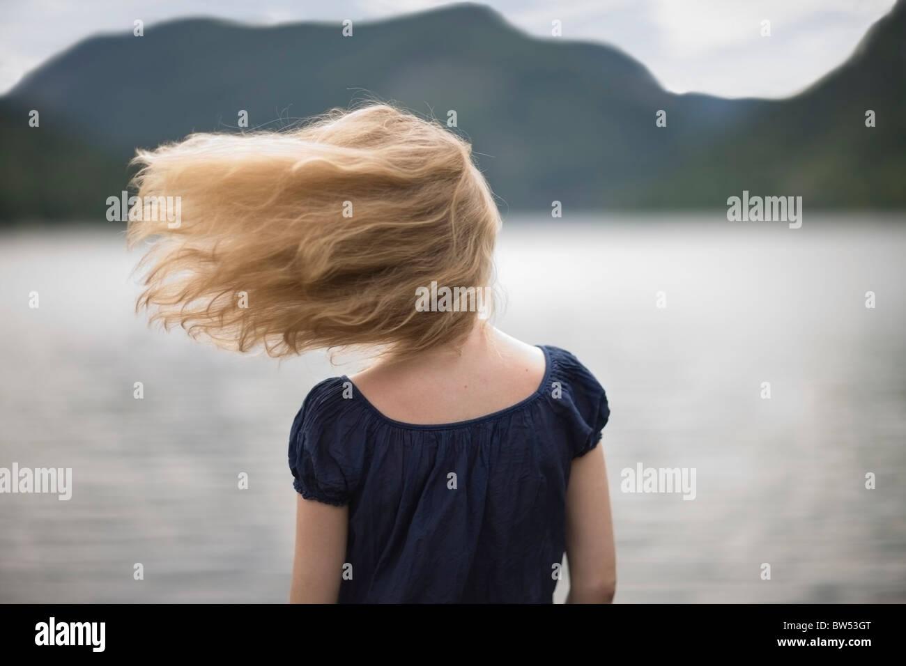 Le vent dans ses cheveux Photo Stock