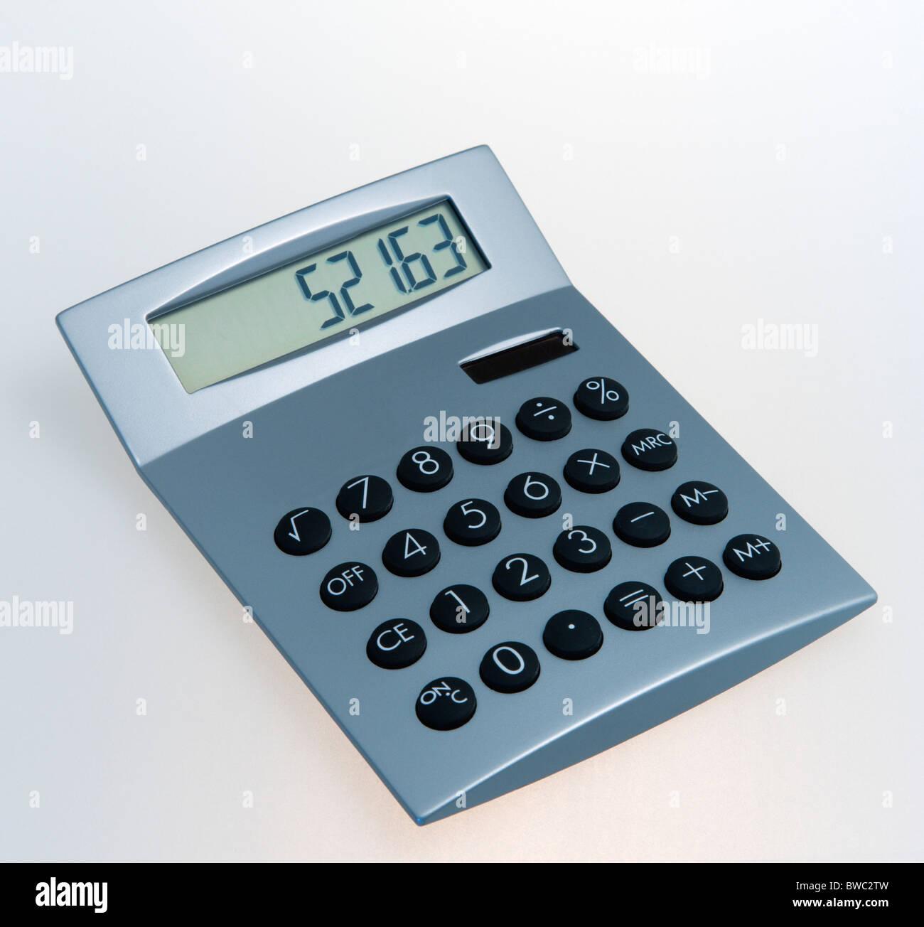 Les entreprises, l'équipement de bureau, Calculatrice, calculatrice numérique fonctionnant à Photo Stock