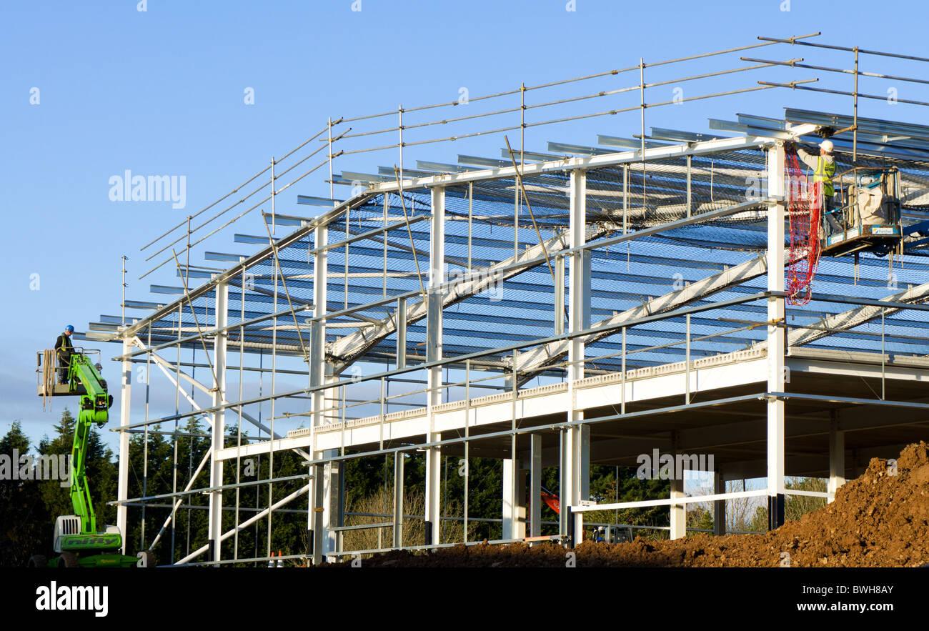 Un nouveau bâtiment industriel en construction Photo Stock