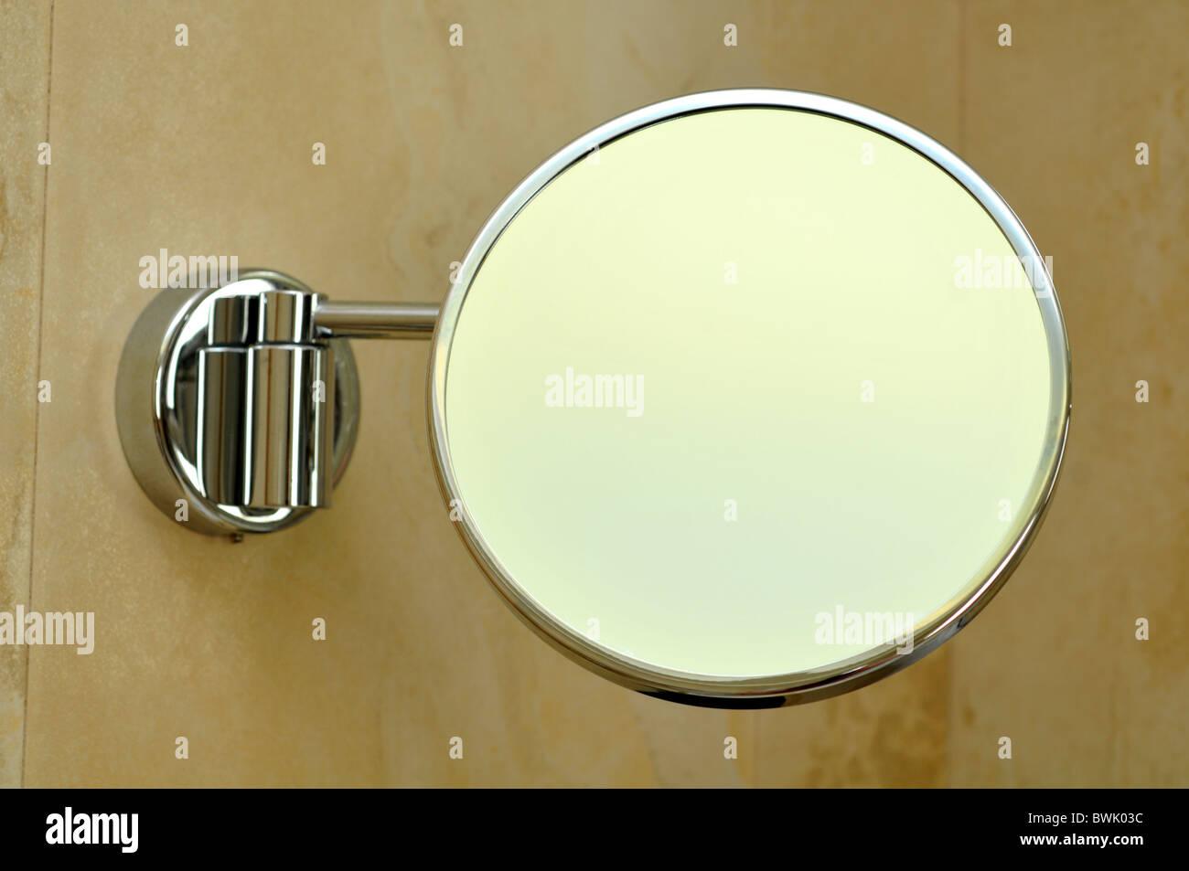 """Miroir miroir 'savoir' 'miroir de salle de bains"""" Photo Stock"""