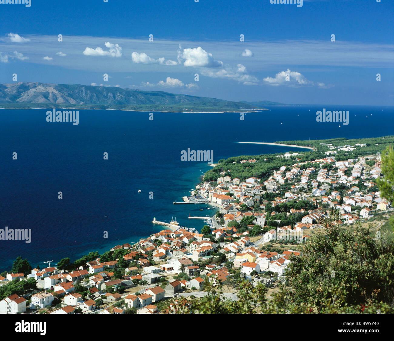 Bol Dalmatie village harbour port island île de Brac Croatie coast paysages mer town city sommaire Photo Stock