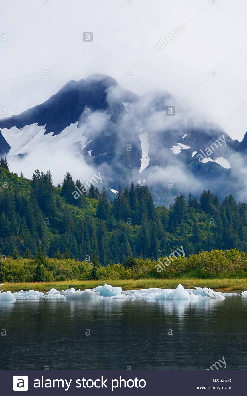 Les icebergs ajouter un sens de l'intemporalité de la beauté des paysages de la partie supérieure Photo Stock