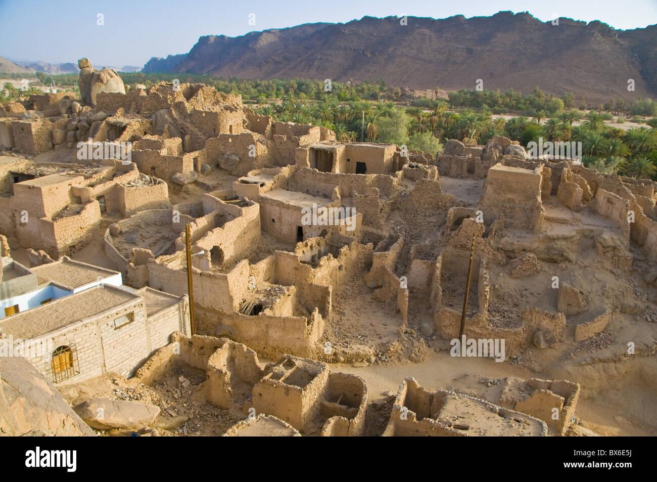 La vieille ville en ruines (ksour) de Djanet, dans le sud de l'Algérie, l'Afrique du Nord, Afrique Photo Stock
