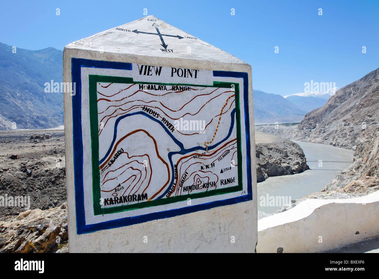 Pakistan - Gilgit-Baltistan - point de jonction des trois grandes chaînes de montagnes - Karakorum, Himalaya Photo Stock