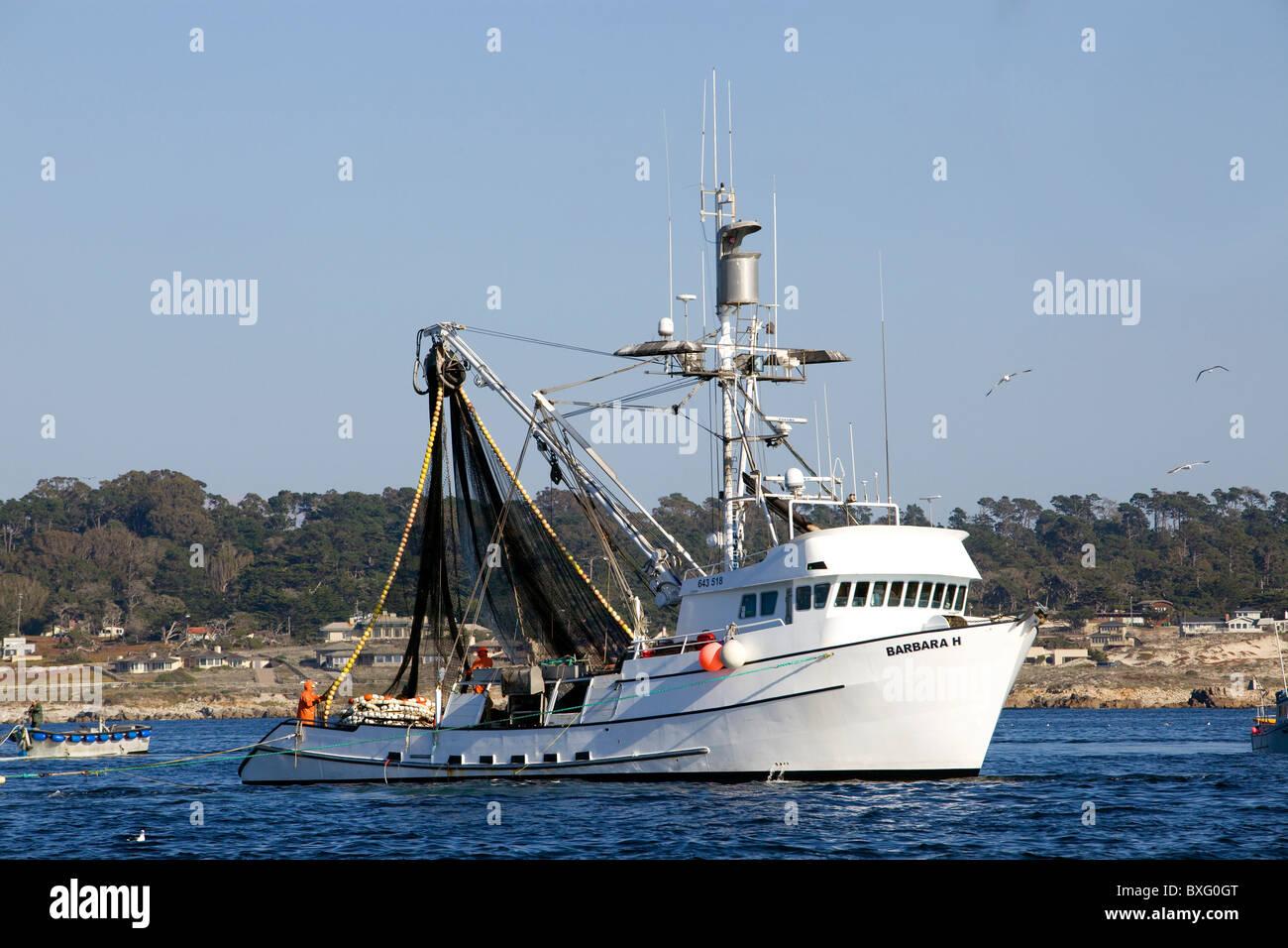 Un bateau de pêche tête de Monterey en Californie - le port. Photo Stock