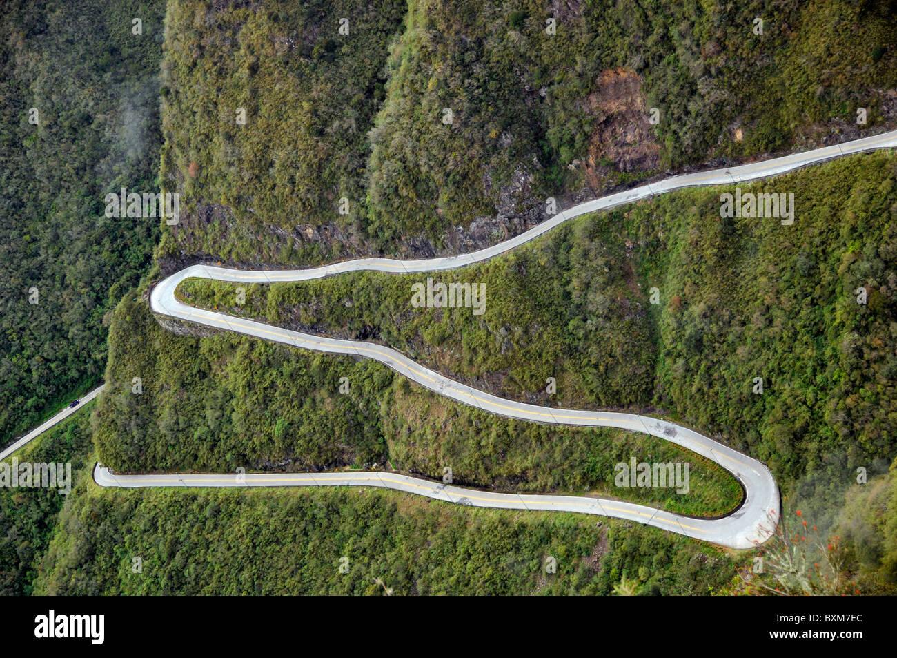 Route sinueuse à Serra do Rio do Rastro Santa Catarina Brésil Photo Stock