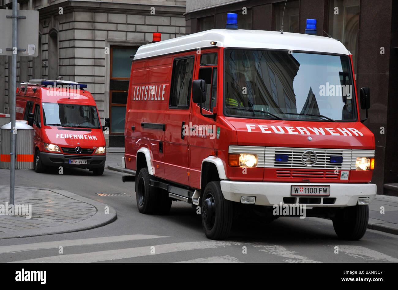 Les véhicules d'urgence en cas d'incendie, de Vienne. L'Autriche, Europe Photo Stock