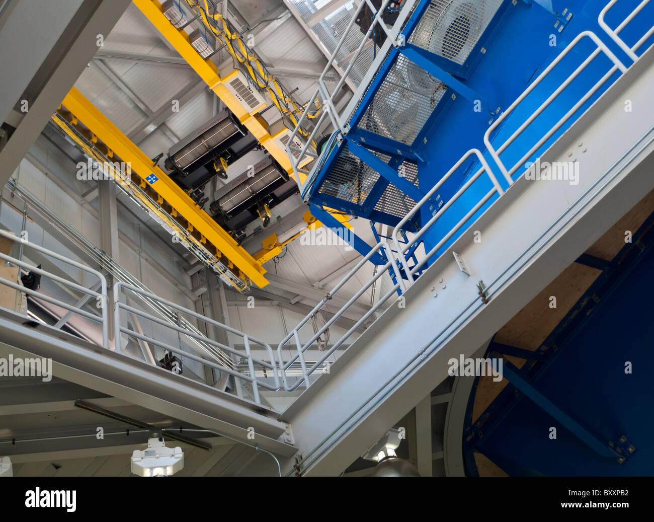 Miroir de la grue jaune Découvrez télescope canal près de Flagstaff, Arizona Photo Stock