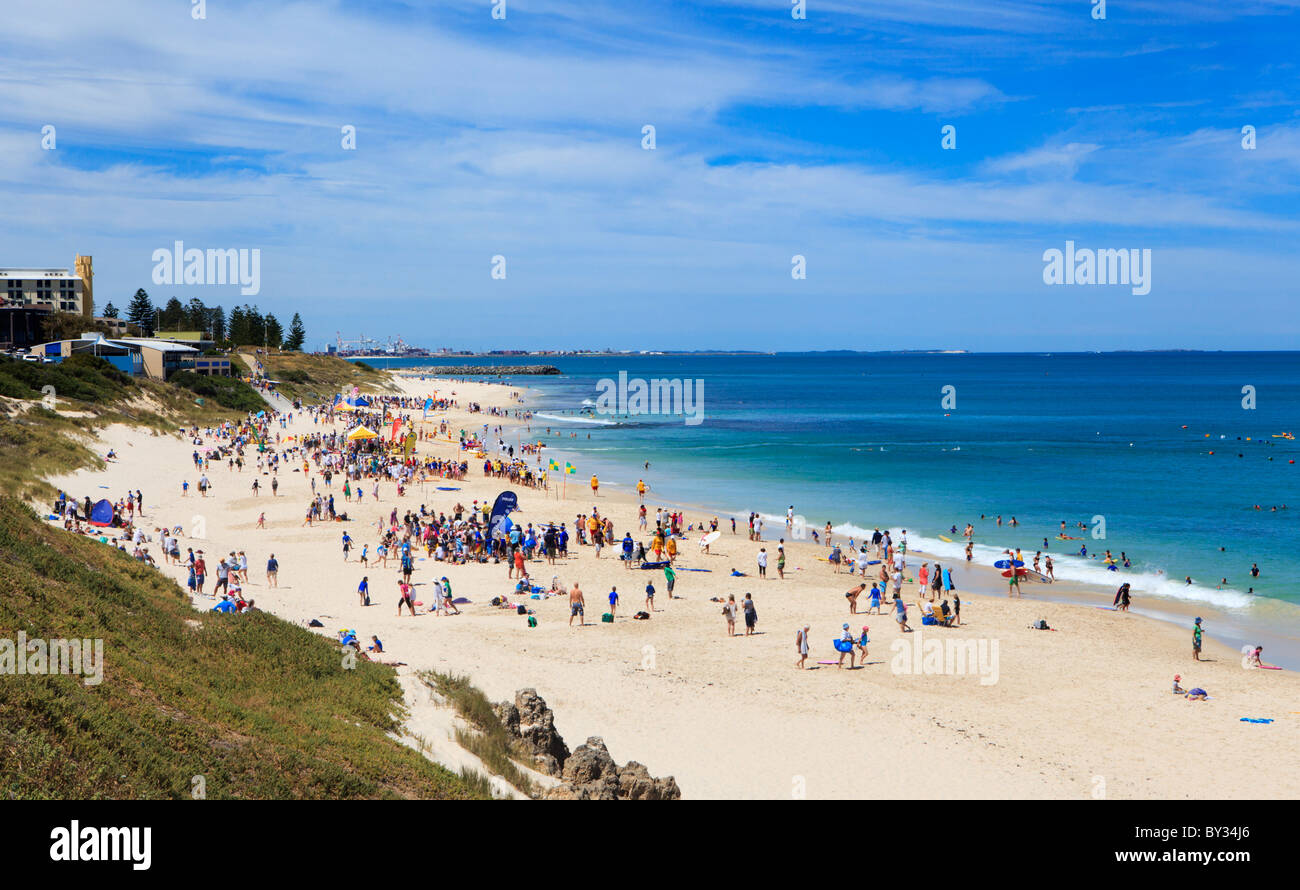 La zone Local Junior annuel Surf Life Saving Carnival tenue à Cottesloe Nord Photo Stock