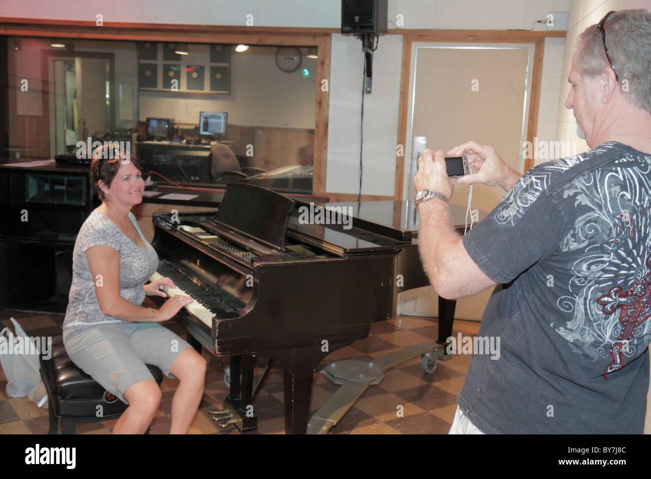 Nashville Tennessee Country Music Hall of Fame & Museum et le studio B de RCA Historique tournée musique Photo Stock