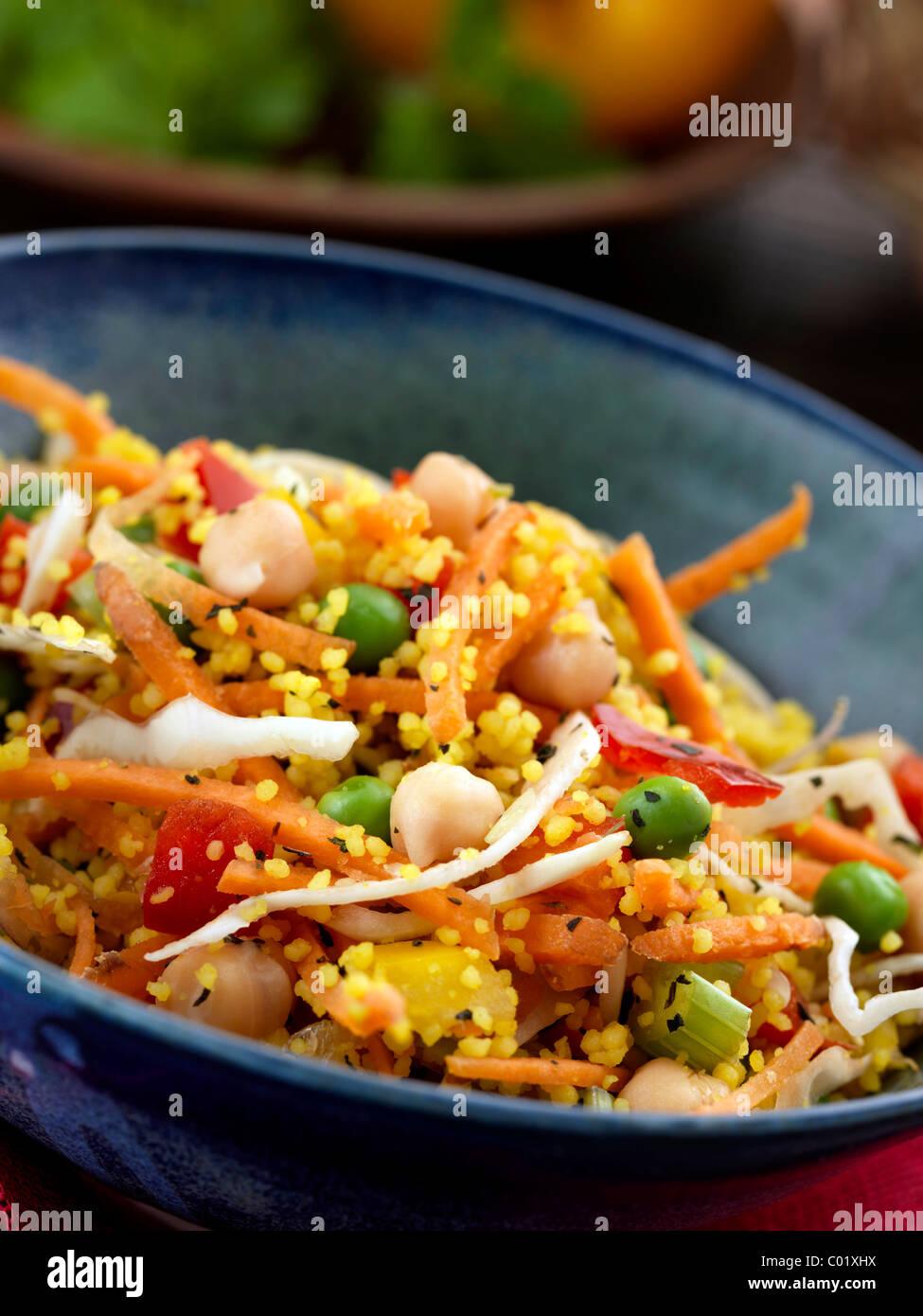 Salade de pois chiches et pois Photo Stock