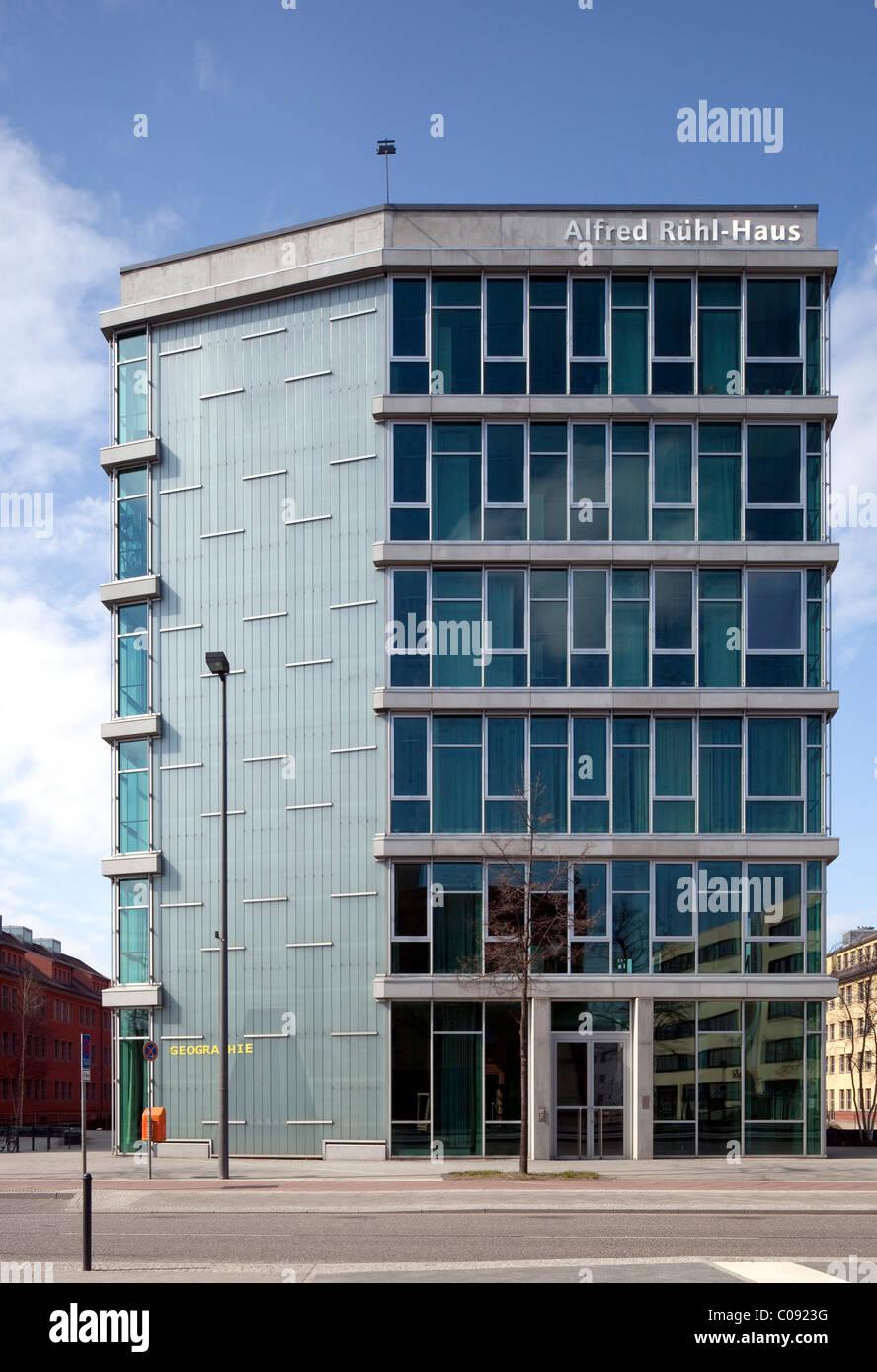 Alfred-Ruehl Haus-bâtiment, Département de géographie, Université, Humboldt-Universitaet Wissenschaftsstadt Photo Stock
