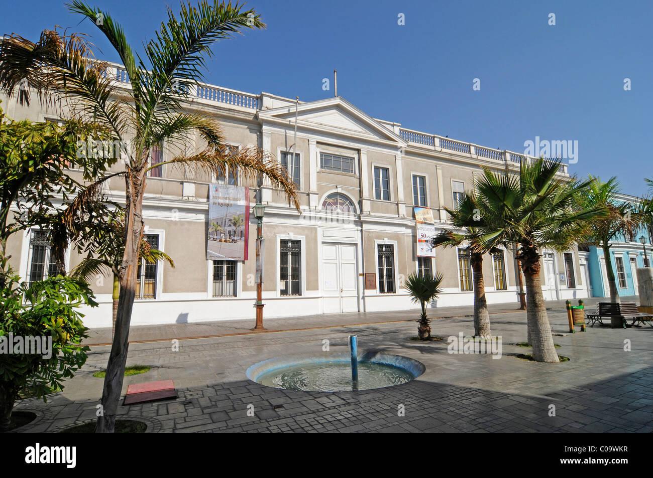 Musée régional, l'histoire naturelle, l'histoire culturelle, de l'Avenida Baquedano, bâtiment Photo Stock