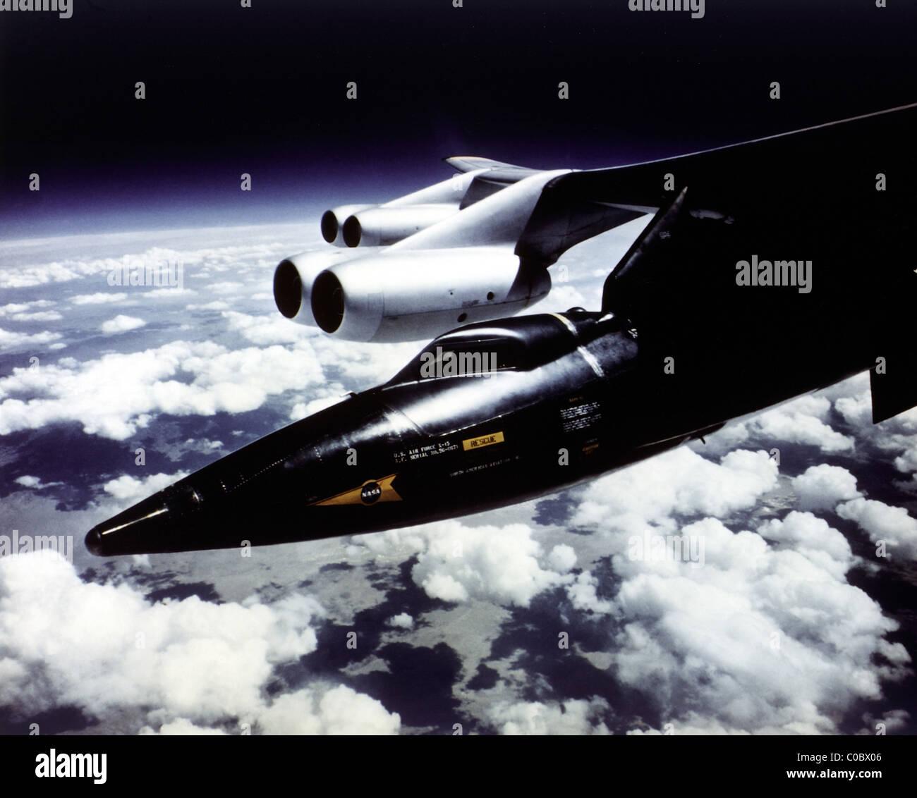 Avion fusée X-15 monté sur B-52 Mothership Photo Stock