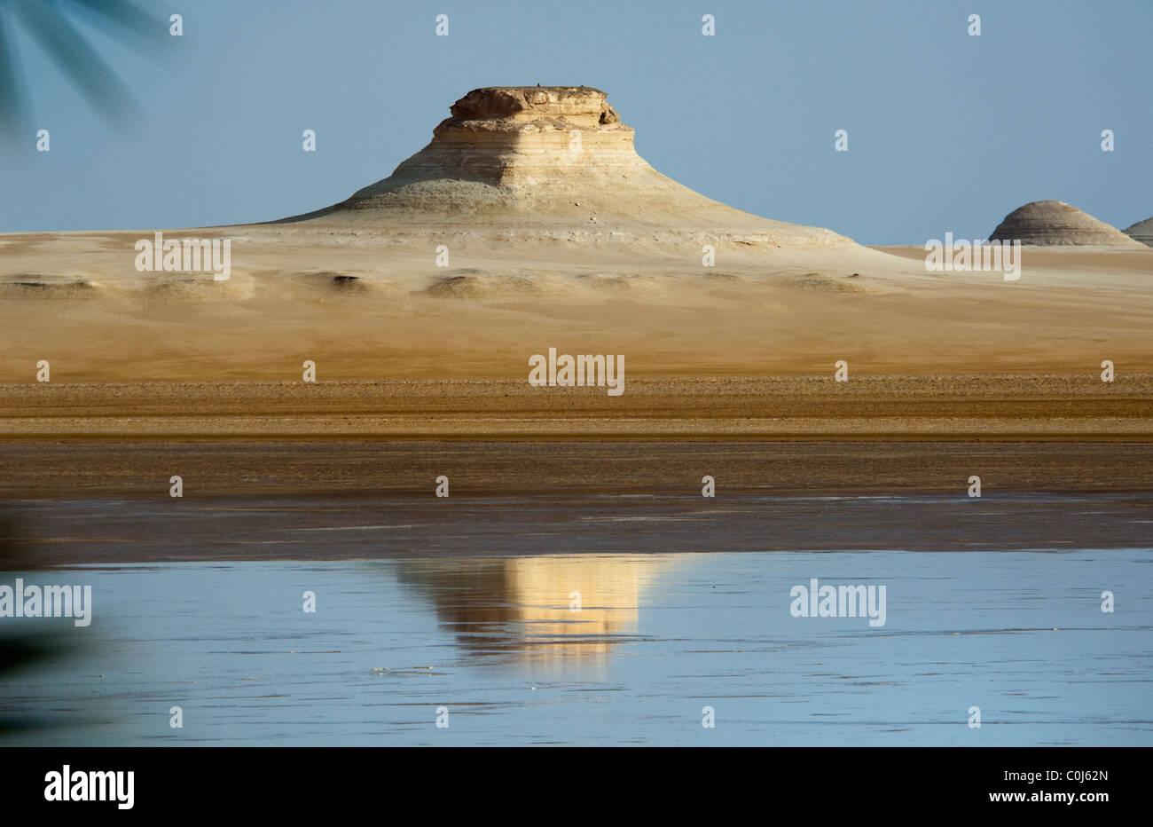 Le lac de Bahreïn, l'Égypte Photo Stock